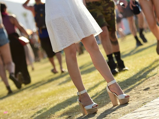 Music fans attend day 2 of the 2015 Coachella Valley
