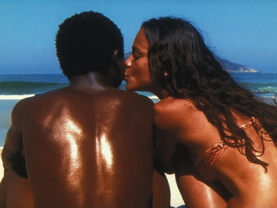 "Alexandre Rodrigues and Alice Braga star in ""City of God"" (2003)."