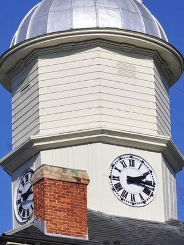 Chambersburg Borough Hall clock towner