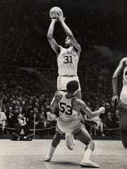 Wes Unseld puts up a shot in February 1968.