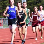 Lakeland's Drew Wenger (left) was an individual winner in the individual 3,200-meter run at the Lakeland Coaches Invite.