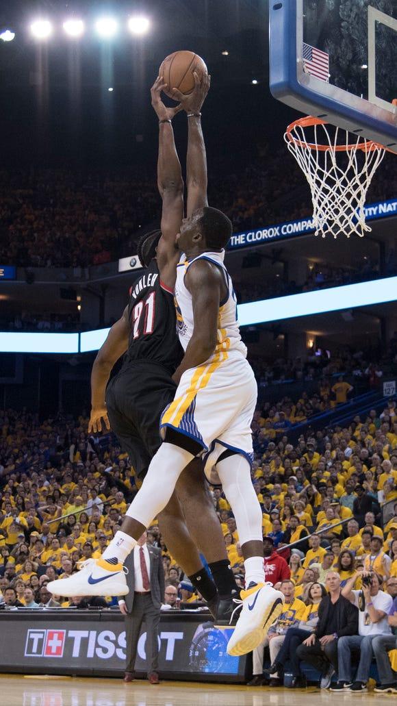 USP NBA: PLAYOFFS-PORTLAND TRAIL BLAZERS AT GOLDEN S BKN GSW USA CA