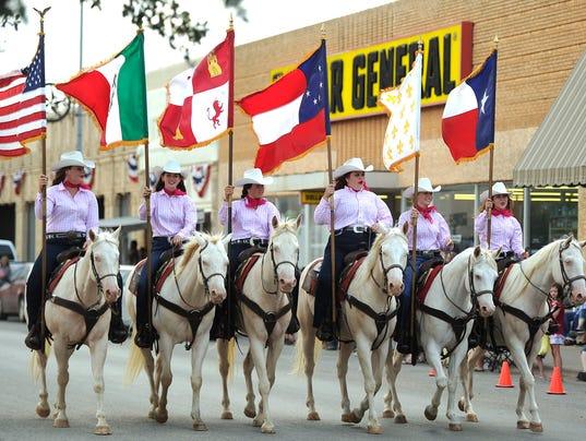 six-white-horses.jpg