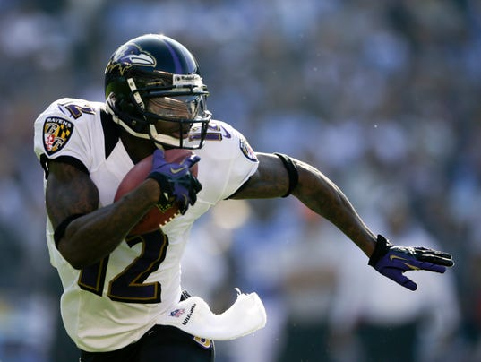-SBYBrd_11-26-2012_DailyTimes_1_A001~~2012~11~25~IMG_Ravens_Chargers_Foot_2_.jpg
