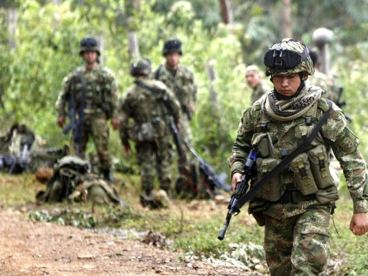 Colombia's Santos relaunches airstrikes on FARC after 11 died