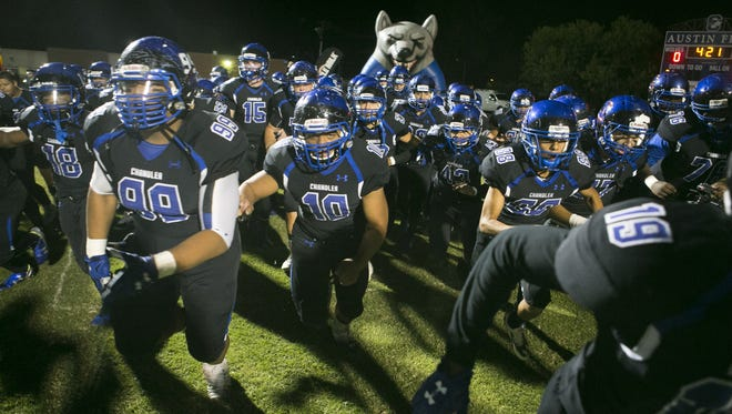 The Chandler Wolves are featured as the first team in Richard Obert's preseason Super 10 rankings for 2016.