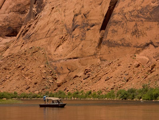 Dui patrols checkpoints set for colorado river this weekend for Az game and fish boat registration