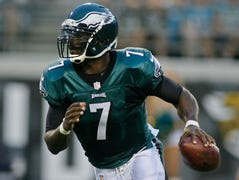 Studs & duds: Eagles' Vick among Week 1 picks to click