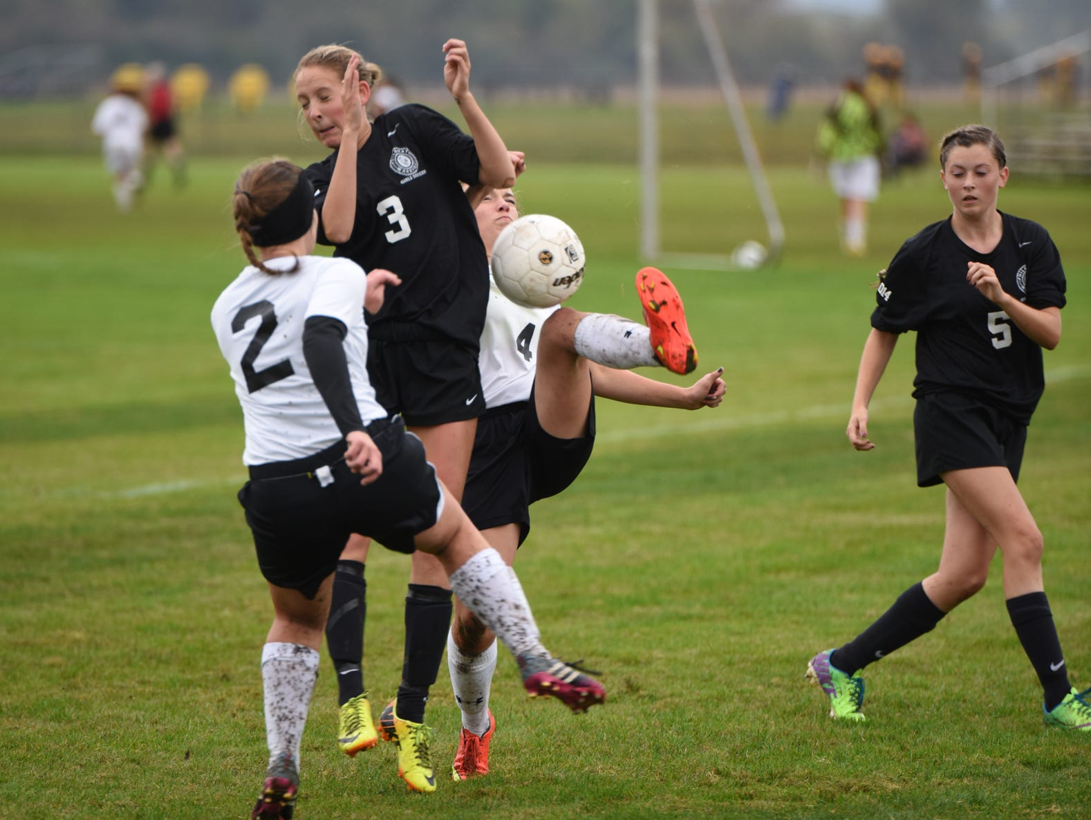 Philomath High girls' soccer holds onto its lead in the 4A-4 Oregon West Conference following its 3-1 win against Cascade High on Tuesday Oct. 14, 2014.