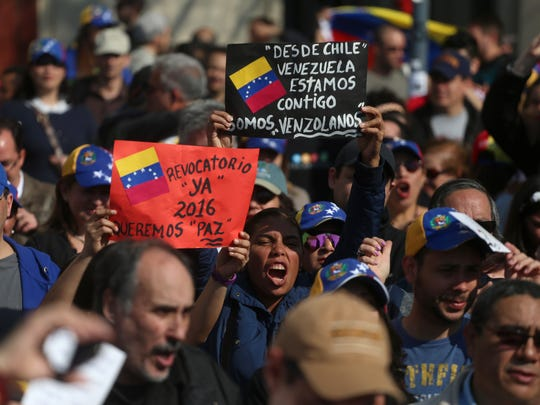 Venezuelans living in Chile protest the government