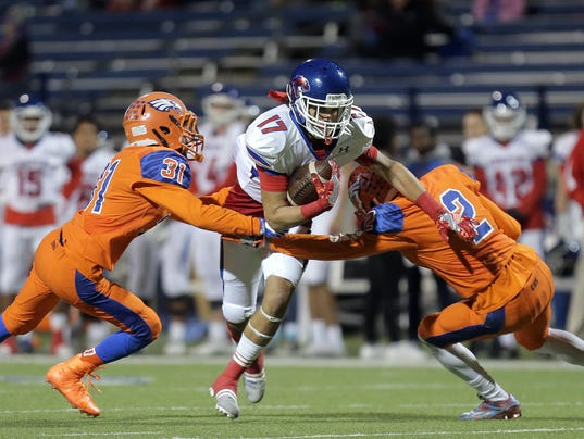 Cooper vs. Canutillo FB 5.jpg