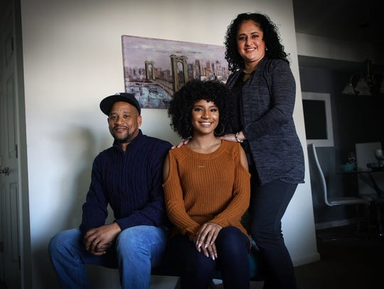 """""""The Voice"""" contestant Kelsea Johnson, 22, with her dad Willard Johnson and mother Malinda Rodriguez."""
