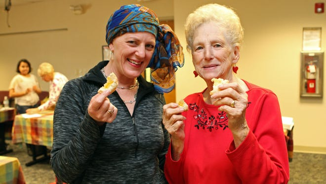 Leaf-Chronicle Sales and Marketing Director Carol Daniels with Mary Hoskins at this year's cooking competition.
