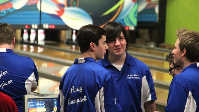 From left, Andy Campbell, Andrew Allis and Jake Farley chat between shots. Highlands d. Newport. Bowling. KHSAA. Dec. 10, 2015. La Ru Lanes. Highland Heights, KY.