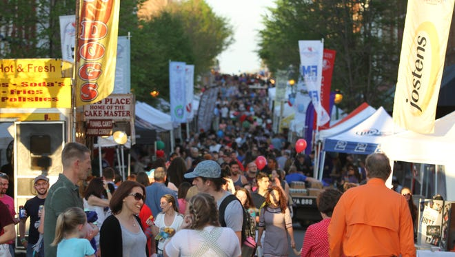 Big crowds came out early Friday for some great food and music at Rivers & Spires 2016.