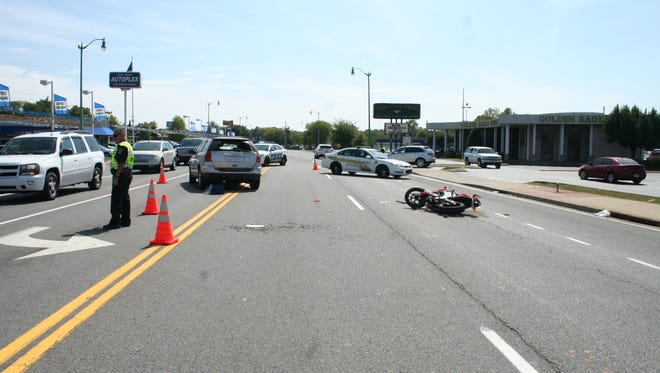 A motorcycle crashed at  Riverside Drive and North 2nd Street on Sunday.
