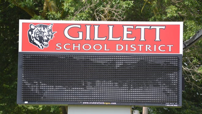 Gillett School District sign