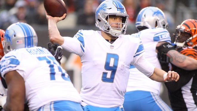 Lions quarterback Matthew Stafford throws a pass against the Bengals during the second half of the Lions' 26-17 loss on Sunday, Dec. 24, 2017, in Cincinnati.