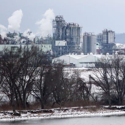 DuPont's Washington Works plant sits on the banks of