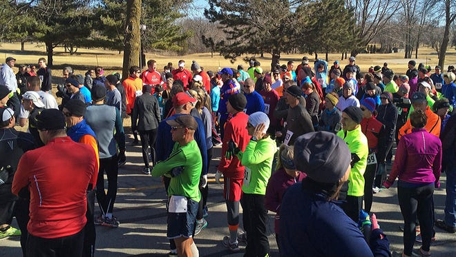 Runners line up for the start of the 2015 Dick Lytie Spring Classic at the University of Wisconsin-Green Bay.