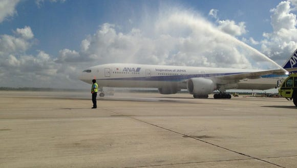 All Nippon Airways' inaugural Houston flight gets a