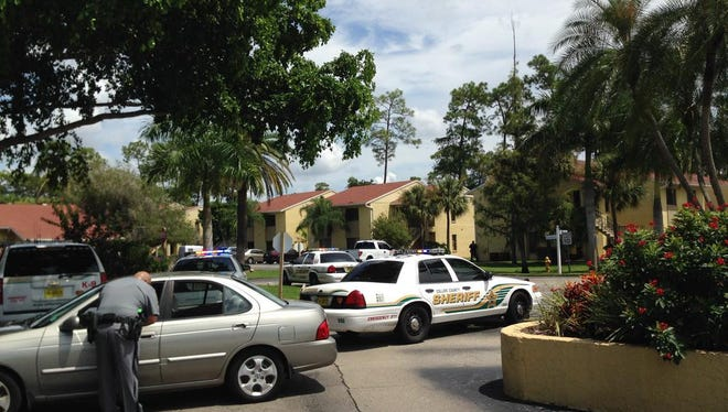 Collier County deputies investigate shooting on Pine Ridge Road in Naples