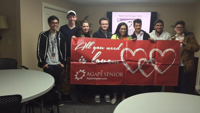 Carolina High School students completed hospice volunteer training with Agapé Hospice of the Upstate.