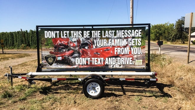 The Marion County Sheriff's Office will post signs warning people of the dangers of distracted driving as part of an eight-week campaign.