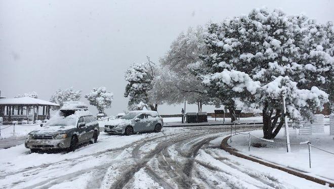 Snowfall at Grand Canyon