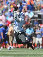 LeSean McCoy makes a catch over the middle.