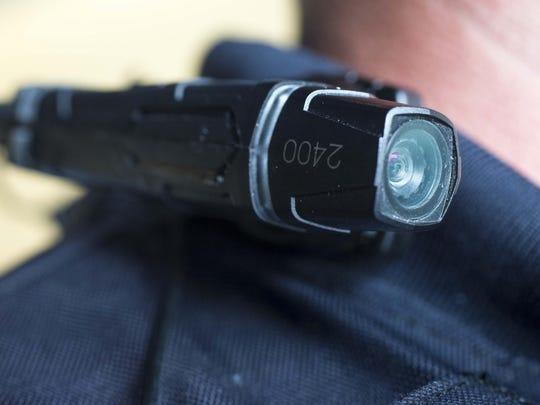 Los funcionarios dijeron que los posibles beneficios de las cámaras incluyen aportar evidencia en casos criminales