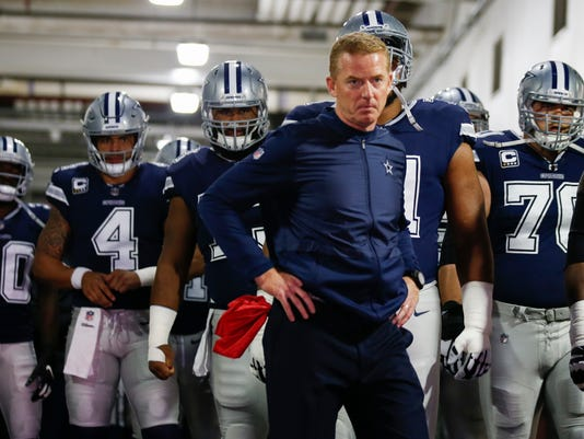 Jerry Jones defends Jason Garrett's decision to attend World Series, unlike Jimmy Johnson