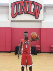 Amauri Hardy signed with UNLV on Tuesday night during