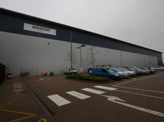 Warehouse Distribution Centre For Amazon Online Retailers