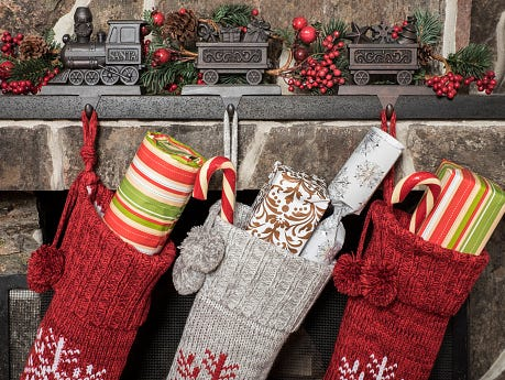 The Insider elves have stuffed a stocking full of gift cards. Enter 11/15-12/17.