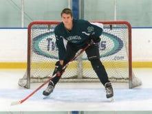 Chambersburg's Hockensmith thriving on ice despite limited options
