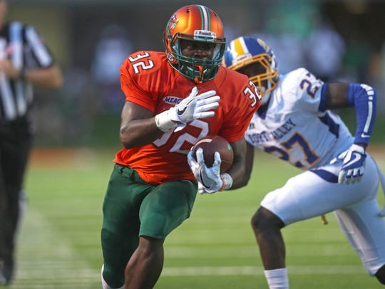 FAMU's DeShawn Smith sprints down the sideline against