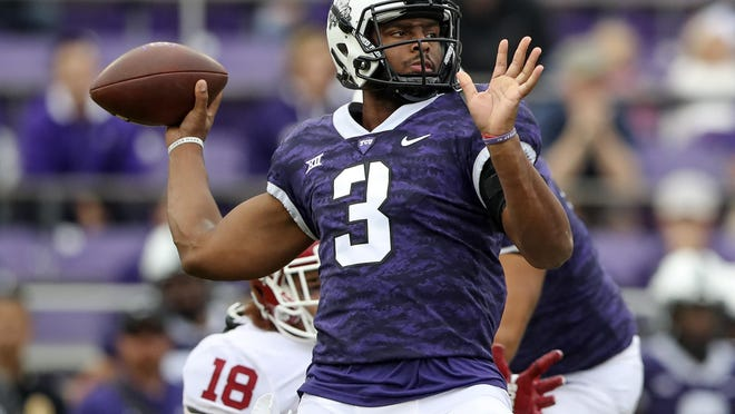 Quarterback Shawn Robinson (3) throws during a 2018 TCU game against Oklahoma. Robinson, whose request to be eligible last season was denied by the NCAA after transferring from TCU, will compete for the starting job at Missouri this fall and will have two years of eligibility remaining.