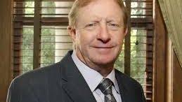 Lee County Commissioner Larry Kiker