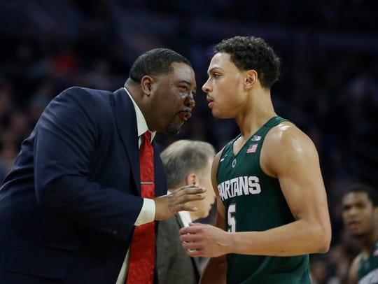 Michigan State associate coach Dwayne Stephens talks