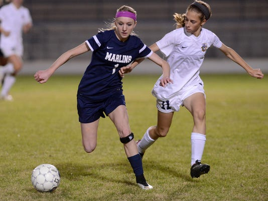 Gulf Breeze girls soccer beat Arnold 2-1