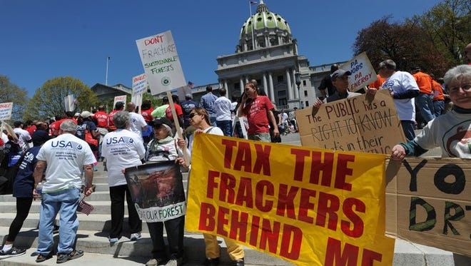 Pro- and anti-fracking advocates clash in Pennsylvania state capital in Harrisburg. FILE PHOTO