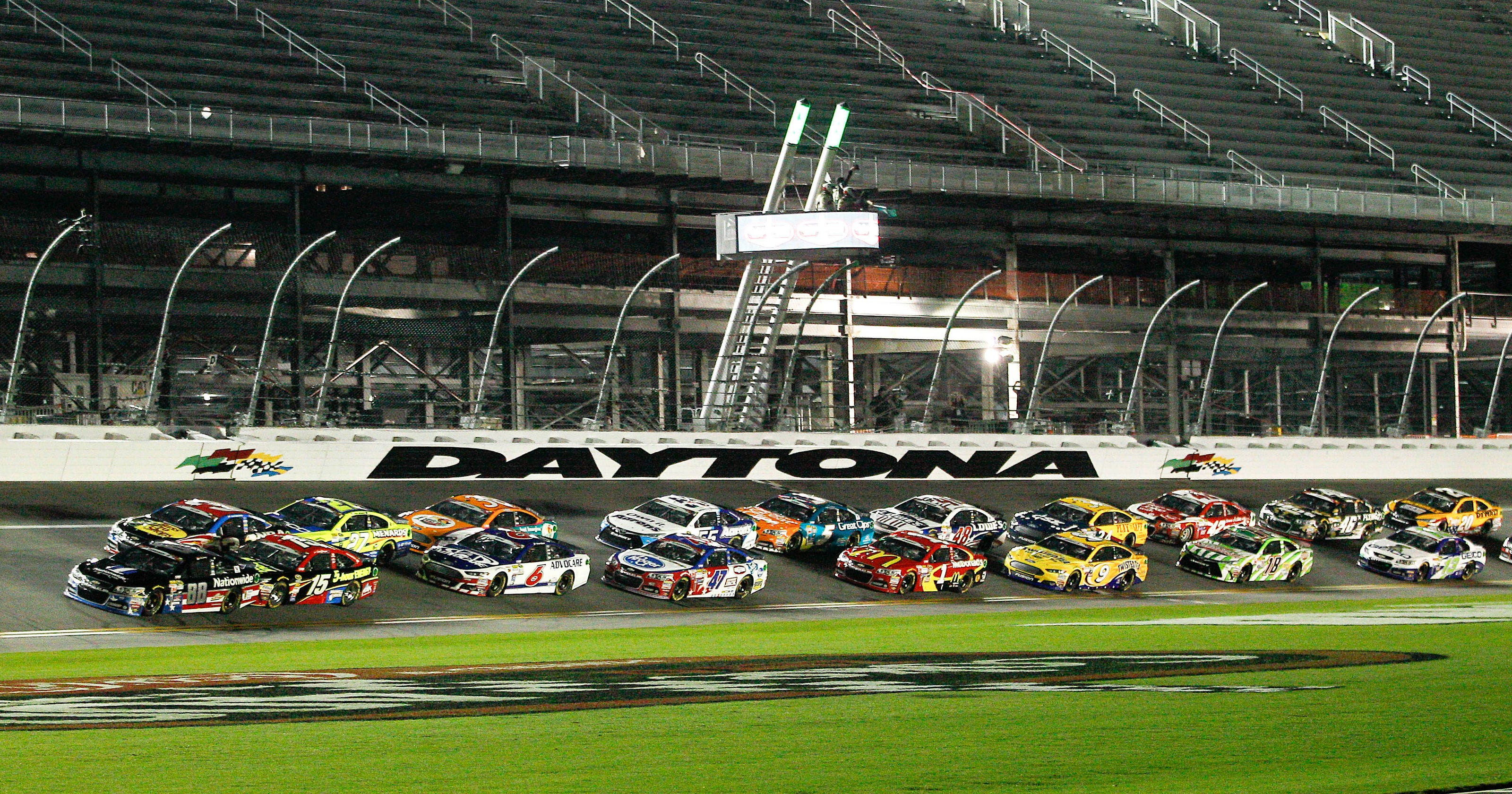 Lessons Learned From The Coke Zero 400 At Daytona 3 Way Switch Menards