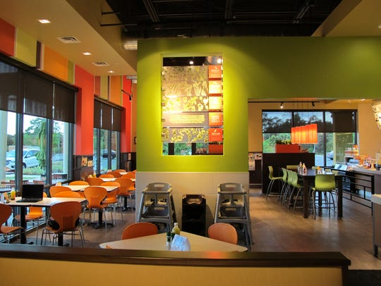 Zoës Kitchen opened in June in Coconut Trace, 22941