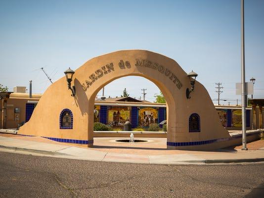 Strolling Our Streets-Jardín de Mesquite arch