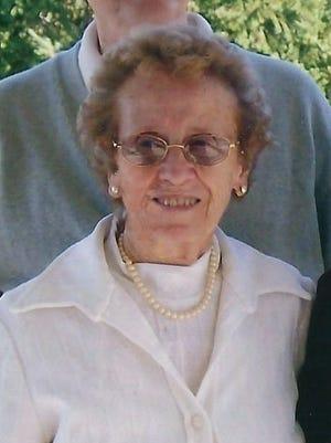 Veda Zimmerman, 90