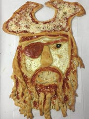 A pizza pirate by Clossen.