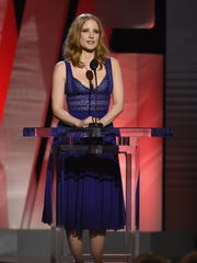 Jessica Chastain presents the award for best male lead at the Film Independent Spirit Awards.