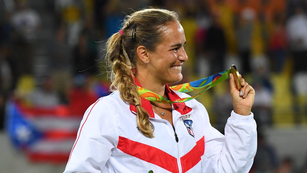 Monica Puig wins Puerto Rico's first Olympic gold medal
