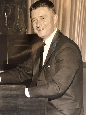 Former Crosley Field organist Ronnie Dale